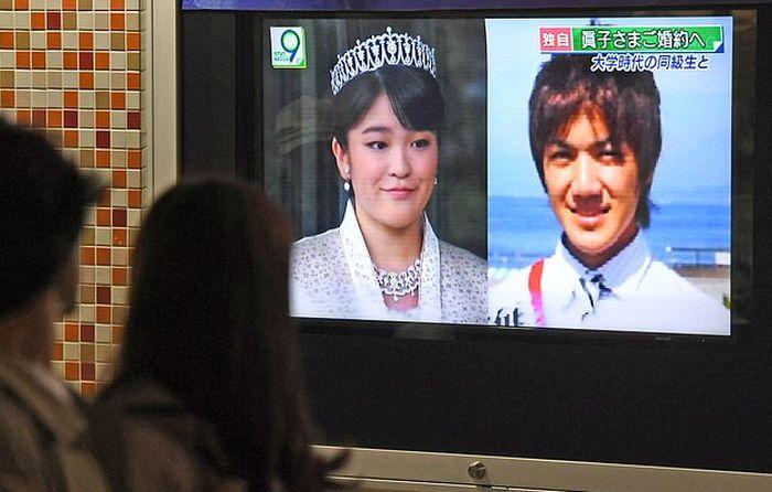 Принцесса Японии Мако Акисино выйдет замуж за простолюдина и лишится всех титулов (3 фото)