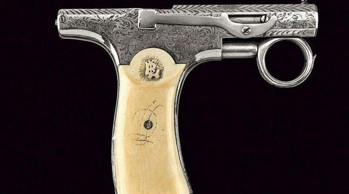 Необычное огнестрельное оружие (36 фото)