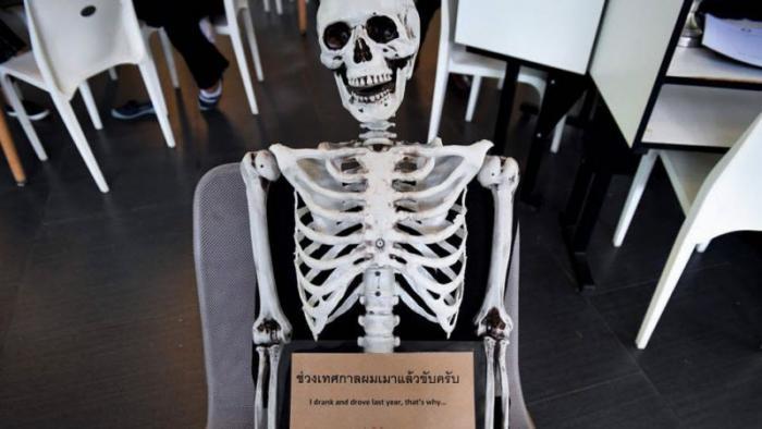 Смертельное кафе в Таиланде (9 фото)