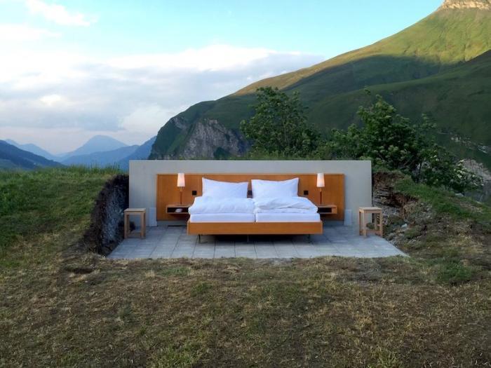 Отель без стен и потолка с лучшим видом на Швейцарские Альпы (9 фото)