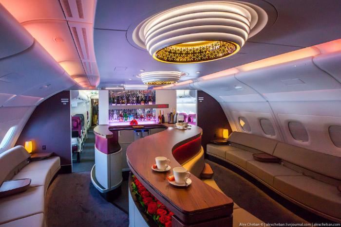 Самый лучший интерьер самолета Airbus A380 (25 фото)