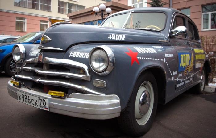 Владимир Жириновский и его автомобили (8 фото)