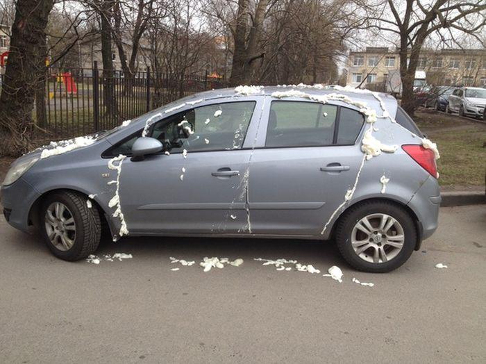 Холодная война с неправильной парковкой (5 фото)