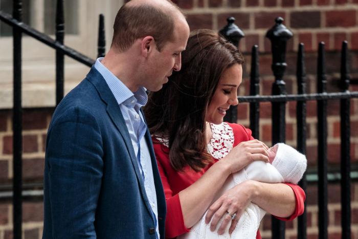 Первые фото новорожденного принца (6 фото)