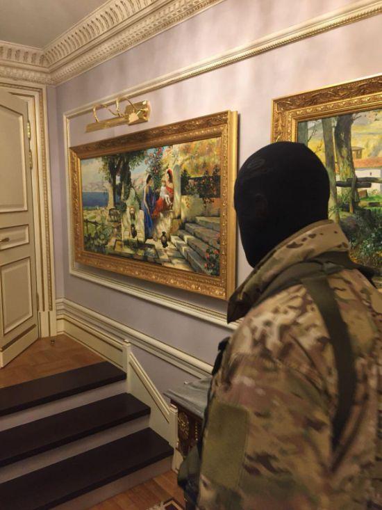 Обыск в доме предпринимателя Никиты Колесникова (3 фото)