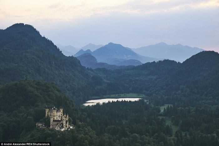 Сказочные европейские пейзажи (19 фото)