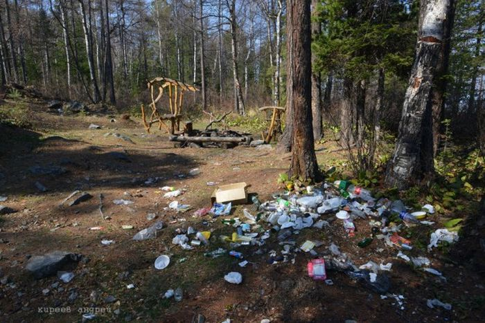 Байкал «тонет» в мусоре, оставляемом туристами (19 фото)